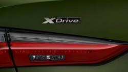 Інтелектуальна система повного приводу xDrive.