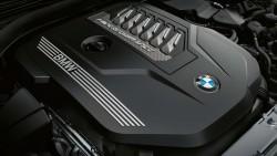 Рядний 6-циліндровий бензиновий двигун BMW М TwinPower Turbo.
