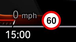 Ассистент ограничения скорости.