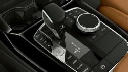 Спортивна автоматична коробка передач Steptronic.