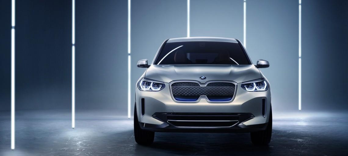 Концепт BMW iX3. Перший електричний SAV.